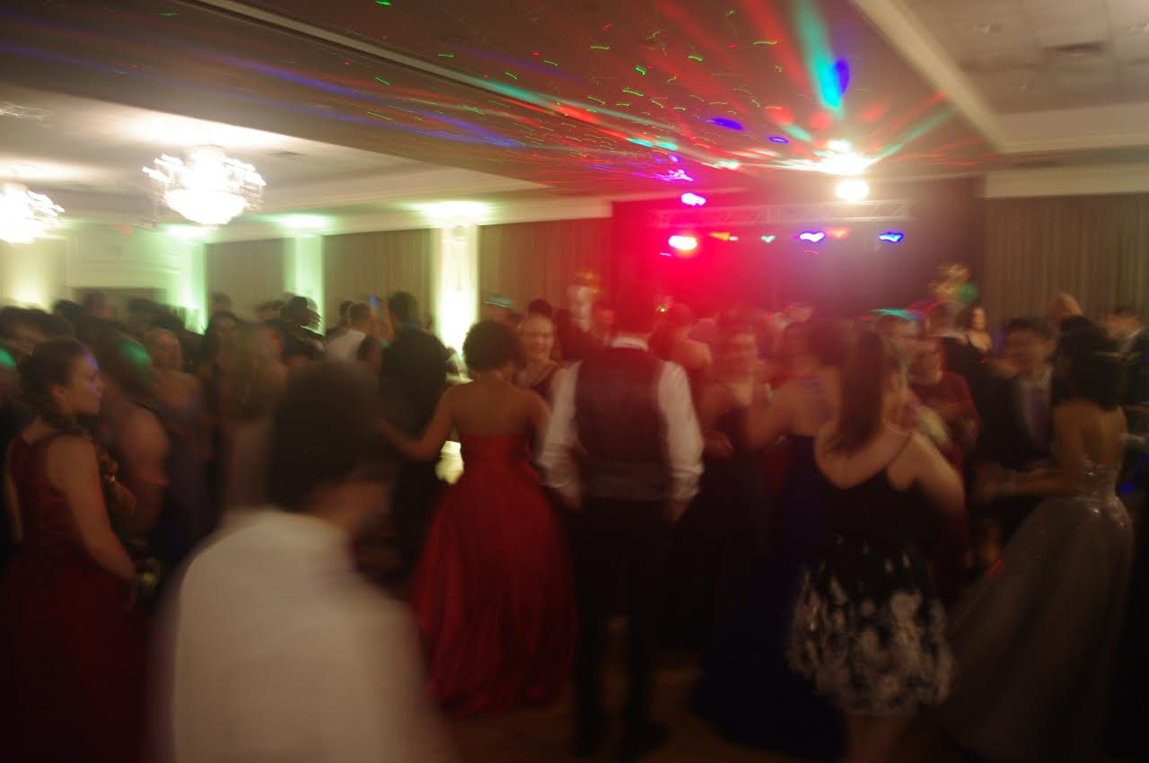 Students dancing to a variety of songs played after dinner. Although prom ended at 11, there were still plenty of after-Prom parties that students went to.