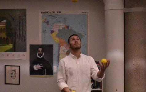 Stiller Starts North's First Juggling Club