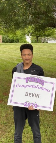 Photo of Devin Bailey